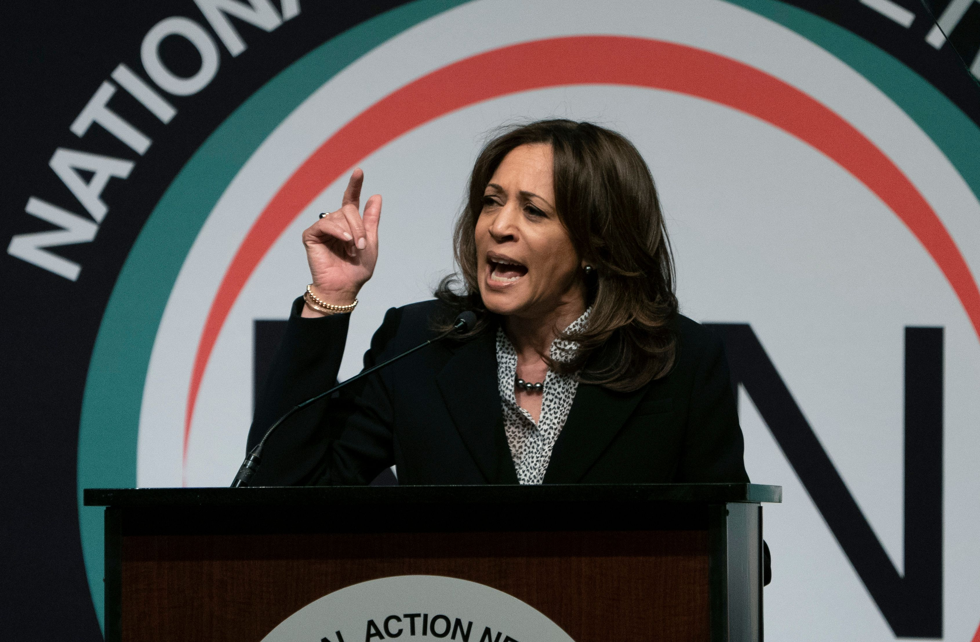 photo image Harris: If I'm Elected, DOJ Would Have 'No Choice' But To Prosecute Trump